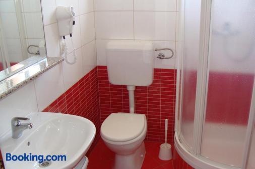 Pansion Maltar Varazdin - Varaždin - Bathroom