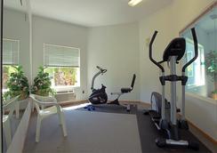 Americas Best Value Inn & Suites Forest Grove Hillsboro - Forest Grove - Gym