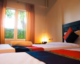 Pova Residence And Boutiques Resort - Chonburi - Bedroom