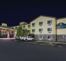 La Quinta Inn & Suites by Wyndham Erie