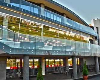 Gokart Hotel - Kecskemét - Clădire