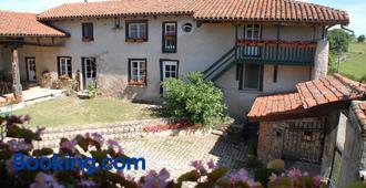 Chez Jacotte et Elia - Saint-Galmier