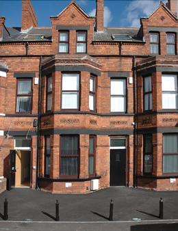 Belfast City Backpacker Hostel - Belfast - Building