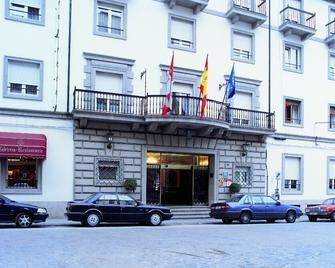 Hotel Colón - Бехар - Building