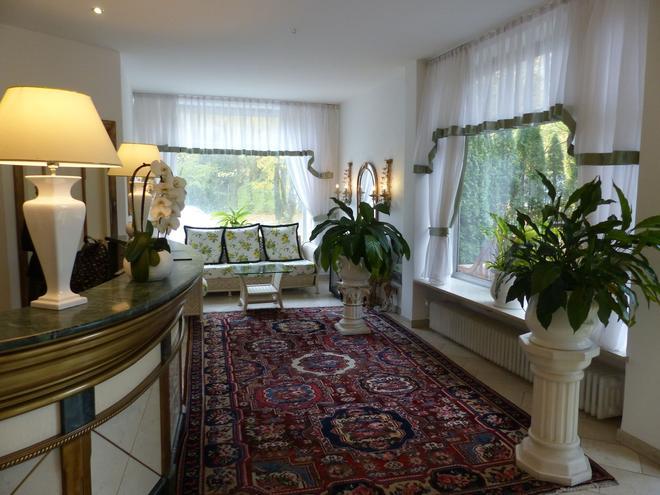 Seibel's Park Hotel - Munich - Living room