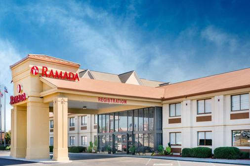 Ramada by Wyndham Tuscaloosa - Tuscaloosa - Building