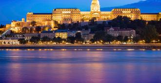 Mercure Budapest Korona Hotel - Budapest - Näkymät ulkona