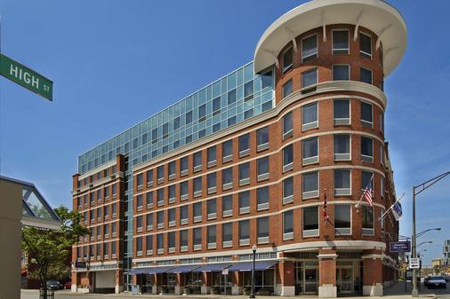 Hampton Inn & Suites Columbus-Downtown, OH - Columbus - Rakennus