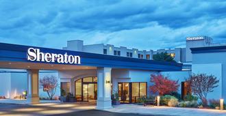 Sheraton Portland Airport Hotel - Portland - Gebouw