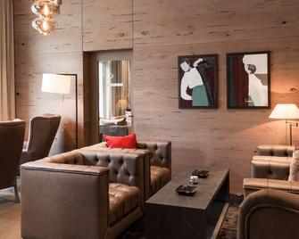 Ameron Davos Swiss Mountain Resort - Davos - Wohnzimmer