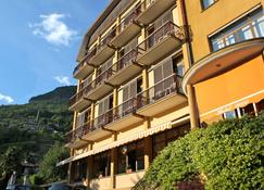Hotel 2000 - Gravedona - Building