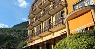Hotel 2000 - Gravedona - Edificio