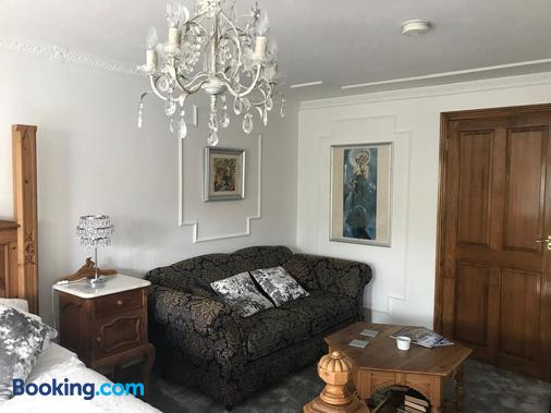 Koala Cottage - Ventnor - Living room