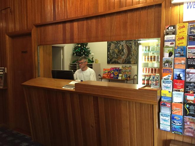 Tollgate Motel - Adelaide - Front desk