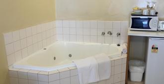 Tollgate Motel - Adelaide - Bedroom