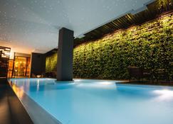 納迪10度假村及酒店 - 孔敬 - 游泳池