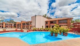 Villas Del Sol Hotel - Oaxaca de Juárez - Piscina
