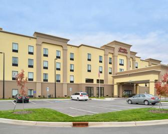 Hampton Inn & Suites Shelby - Shelby - Building