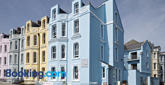 The Esplanade - Tenby - Building