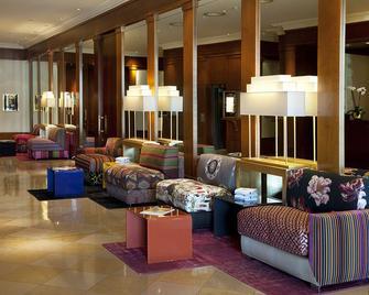 Beau Rivage Hotel - Neuchatel - Salónek