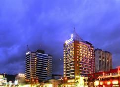 Grand Borneo Hotel - Kota Kinabalu - Gebäude
