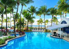 Courtyard by Marriott Isla Verde Beach Resort - Carolina - Basen