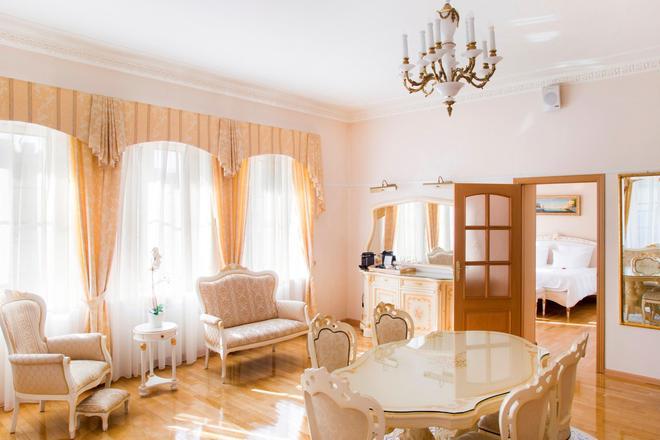 Aristocrat Boutique Hotel - Saint Petersburg - Phòng ăn