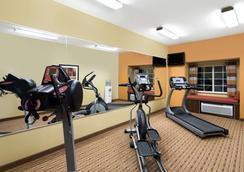 Microtel Inn & Suites by Wyndham Greenville/University Med - Greenville - Kuntosali