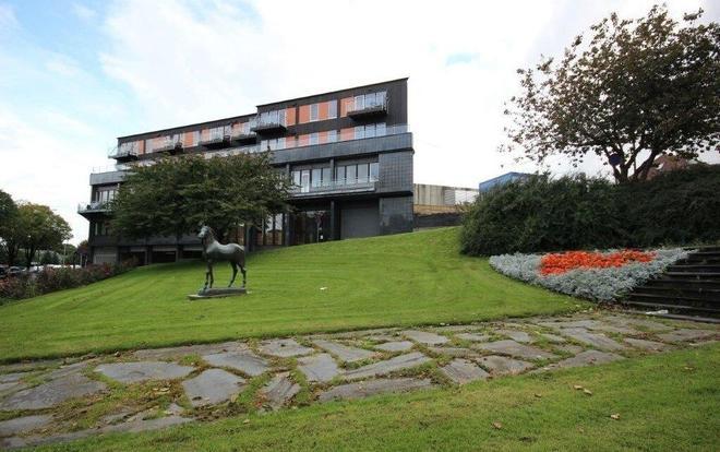 Flotmyrgården Apartment Hotel - Haugesund - Edificio
