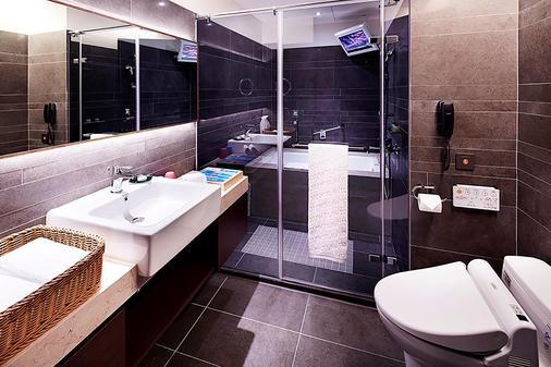La Vida Hotel - Taichung - Bathroom