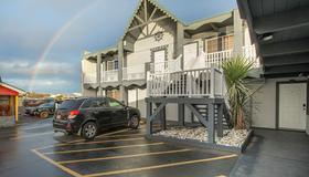 Wanderlust Inn - Ocean Shores - Bygning