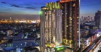 ibis Styles Bangkok Sukhumvit Phra Khanong - Bangkok - Edifício