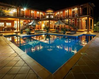 Villa Vedici - Kampot - Svømmebasseng