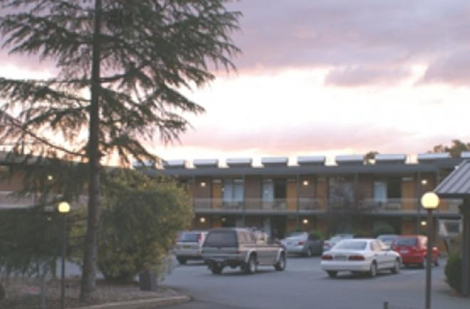 Red Cedars Motel - Καμπέρα