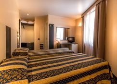 Hotel Forum - Beausoleil - Soveværelse