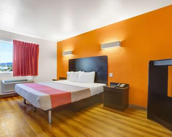 Motel 6 Silver City Nm - Silver City - Bedroom