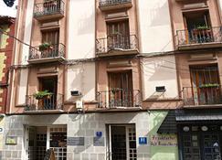 Hotel La Paz - Jaca - Rakennus
