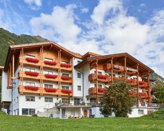 Alpenhotel Schönwald - Rio di Pusteria - Gebouw