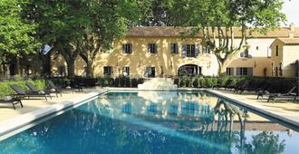Domaine de Manville - Les Baux-de-Provence - Piscina