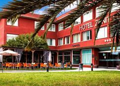 Hotel Zenit Logroño - Logroño - Budynek