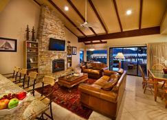 Lakeland Village at Heavenly - South Lake Tahoe - Living room
