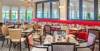 Raffles Hotel Le Royal - Nom Pen - Habitación