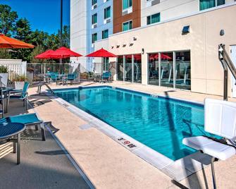 TownePlace Suites by Marriott Auburn - Auburn - Bazén