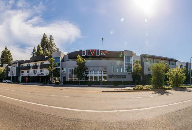 Blvd Hotel & Spa-Walking Distance To Universal Studios Hollywood - Los Angeles - Building