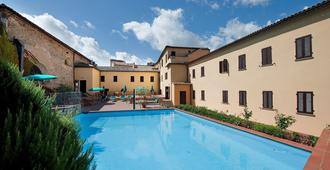 Hotel San Lino - Volterra - Piscina