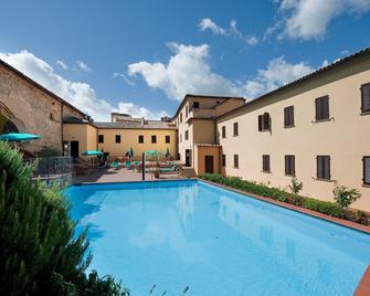 Hotel San Lino - Volterra - Pool
