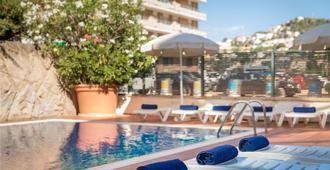 htop Summer Sun - Santa Susanna - Bể bơi
