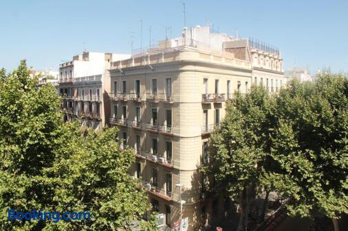 索姆尼特勝利門賓館 - 巴塞隆納 - 建築