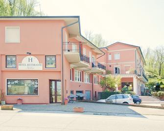 Hotel Nella - La Spezia - Building