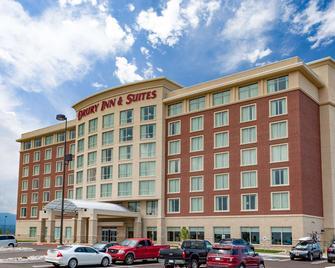 Drury Inn & Suites Colorado Springs Near the Air Force Academy - Colorado Springs - Rakennus